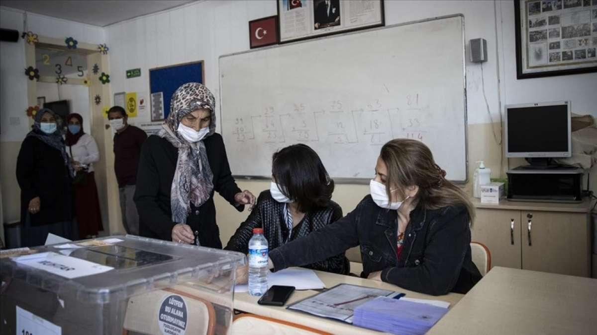 Ankara'da 8 mahallede muhtarlık seçimi yapılıyor