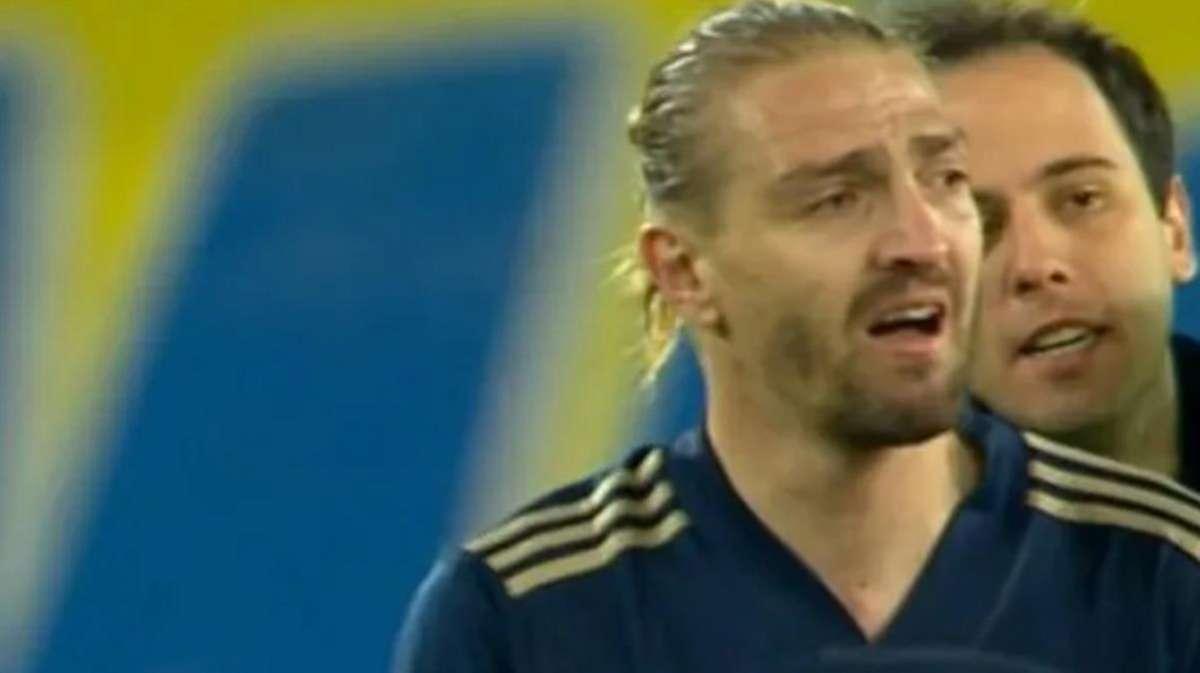 Ankaragücü maçının bitiş düdüğüyle Caner Erkin hüngür hüngür ağladı