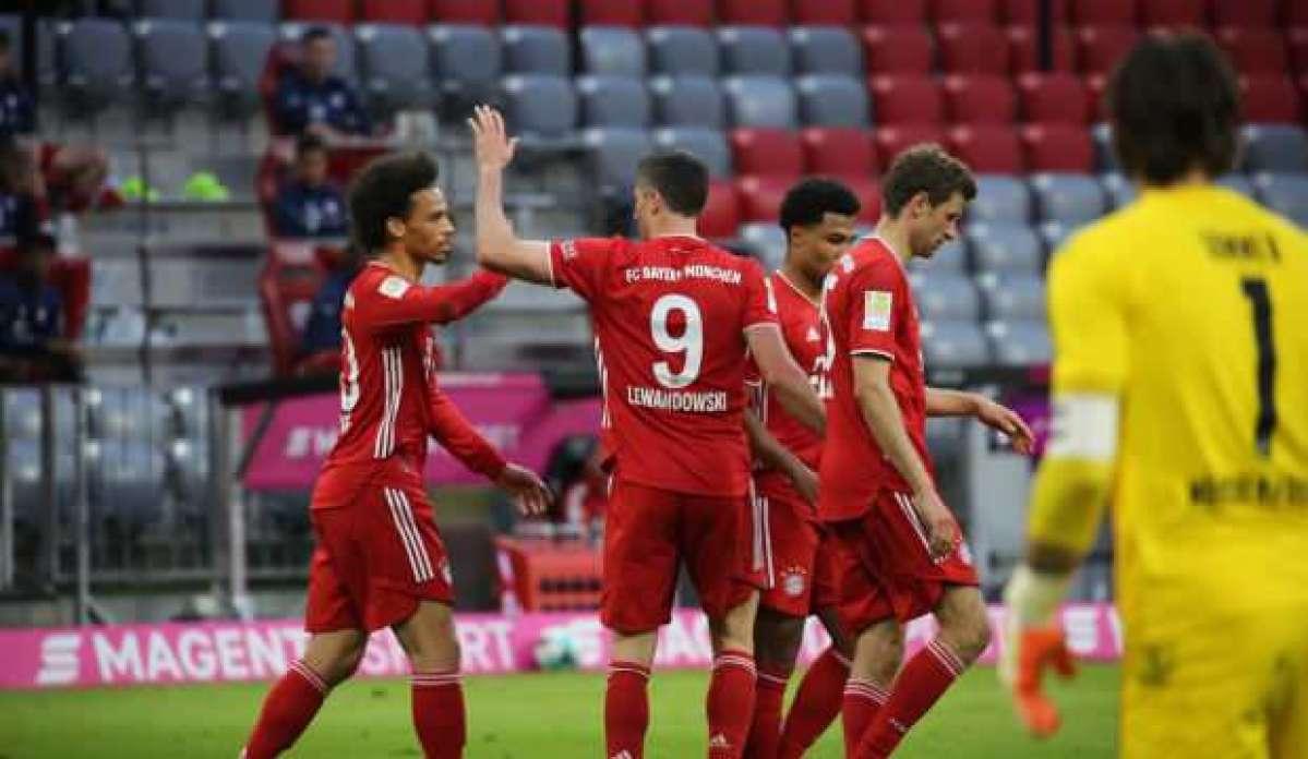 Bayern Münih şampiyonluğunu 6 golle kutladı
