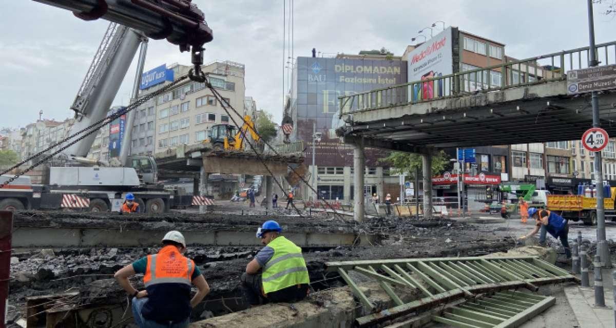 Beşiktaş-Ortaköy yolu trafiğe kapatıldı