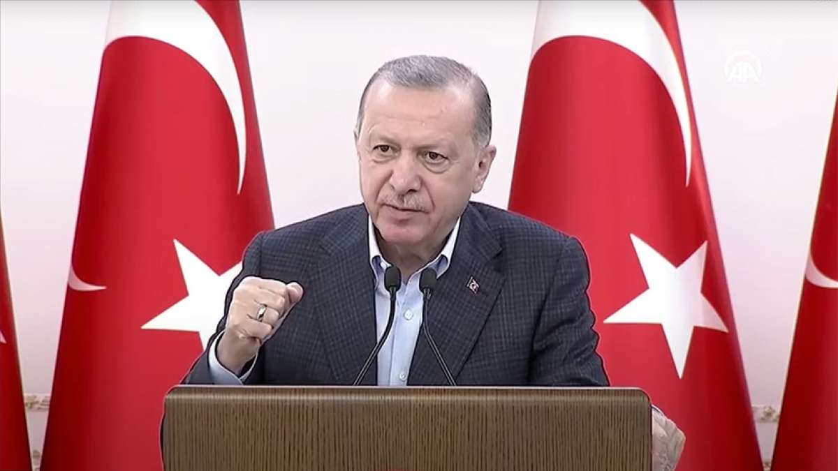 CANLI - Cumhurbaşkanı Erdoğan: Kandil'i çökerteceğiz ve Kandil'i kandil olmaktan çıkaracağ