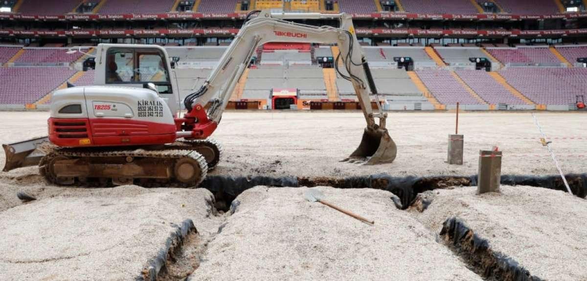 Galatasaray yeni sezonda açılışı Başakşehir'de yapacak