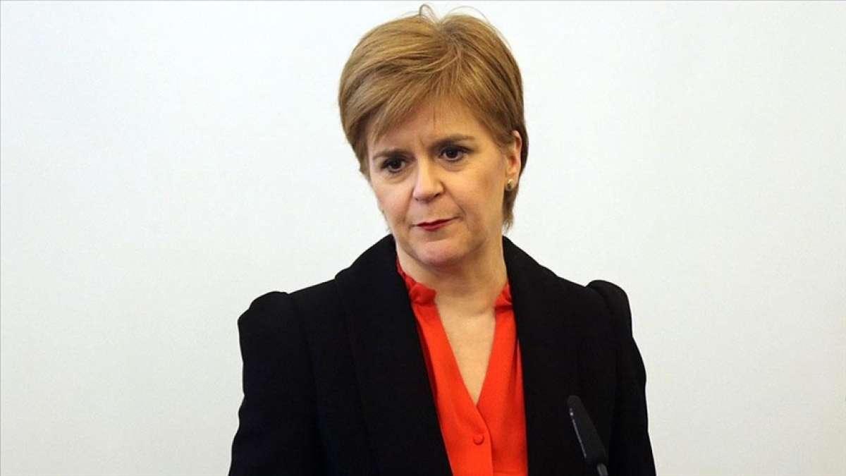 İskoçya Bölgesel Başbakanı Sturgeon'dan İsrail'e tepki: Ramazan'da bir camiye saldırm