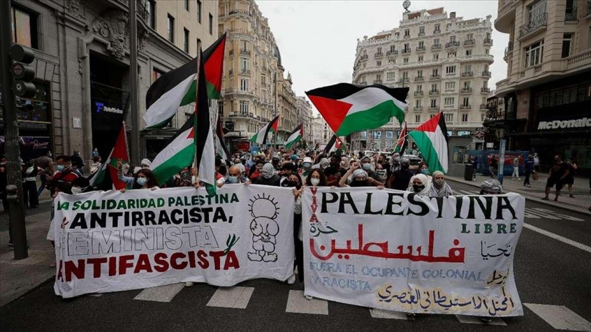 Madrid'de Filistin'e destek yürüyüşü düzenlendi