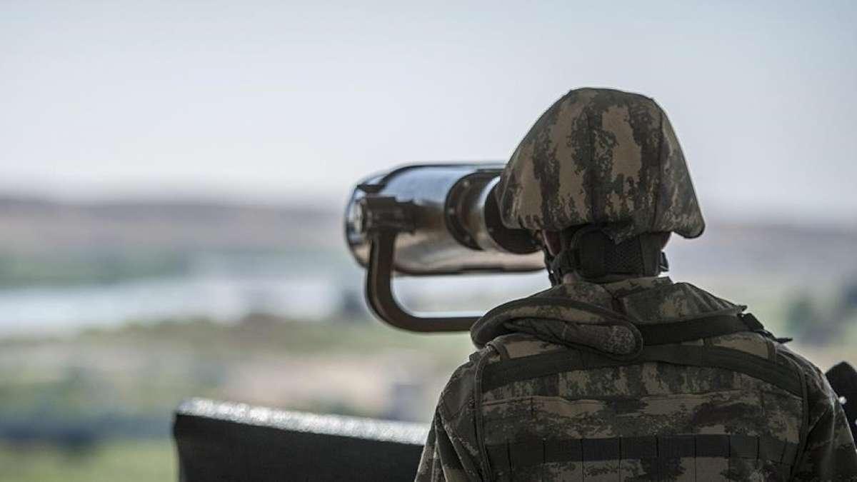 Suriye'den yasa dışı yollarla Türkiye'ye geçmeye çalışan PKK/YPG'li terörist yakaland