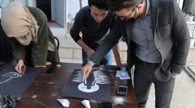 Suriyeli ressamdan tuz tanelerine estetik dokunuş